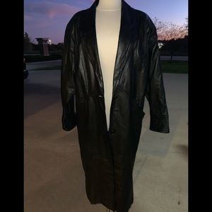 Long black vintage leather trench jacket coat m
